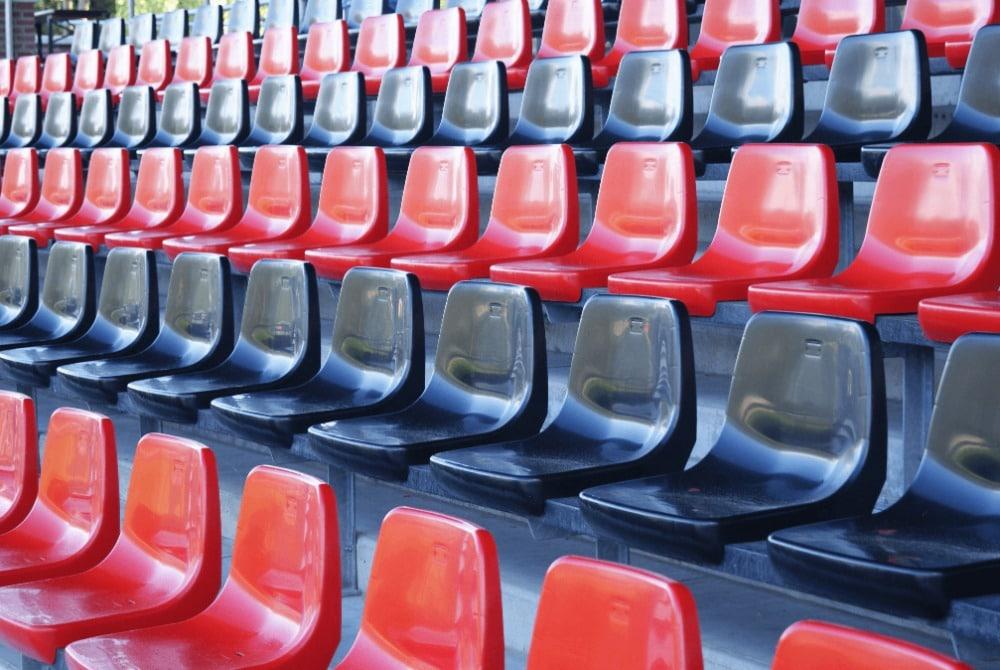 CR4 tribunestoel Fc Olympia
