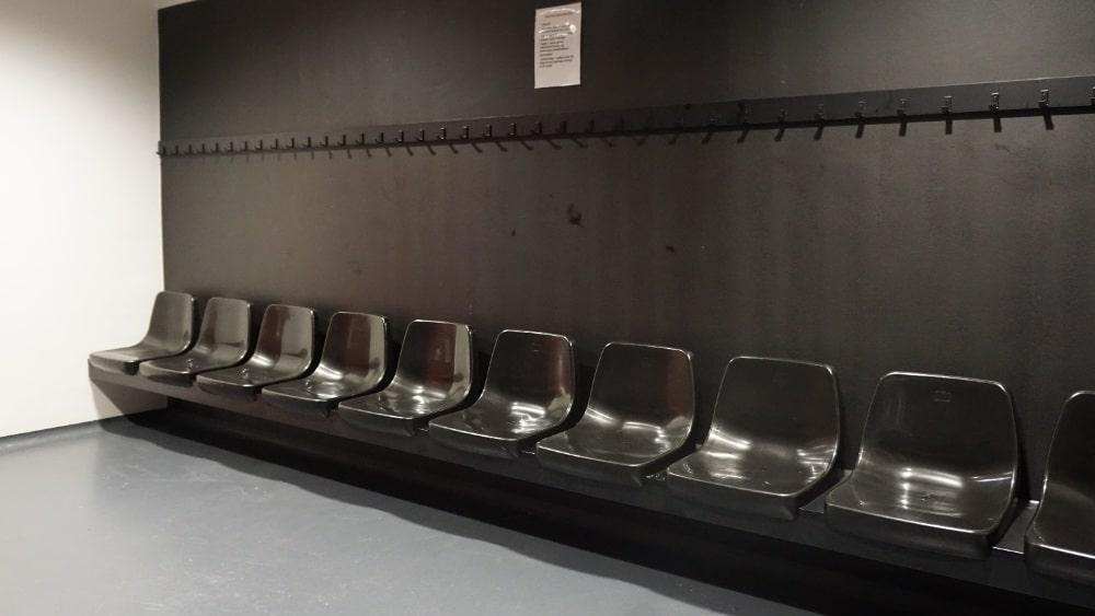 CR4 tribunestoel Feyenoord kleedkamer.JPG