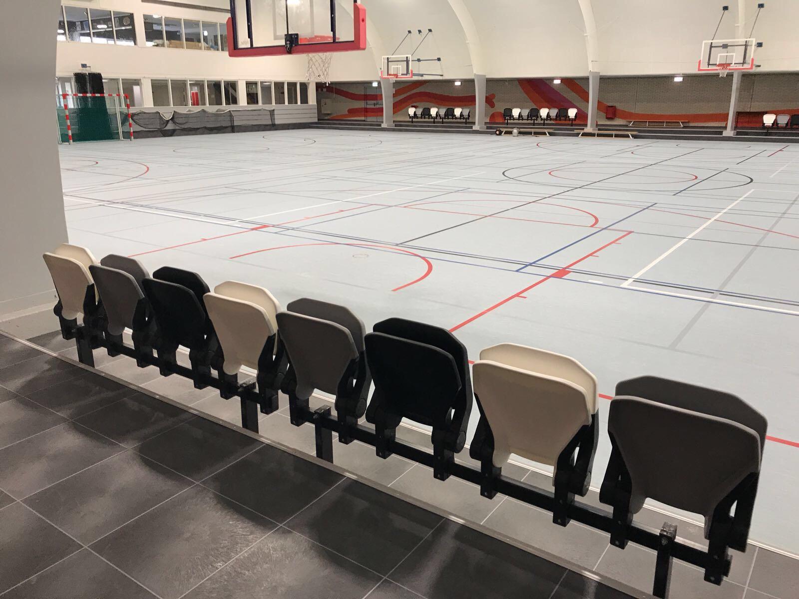 Tribunestoelen sporthal