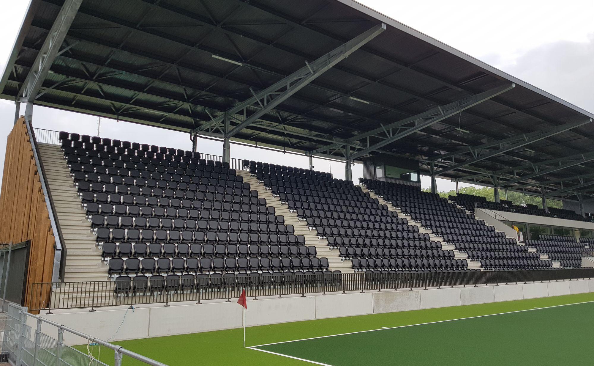 Stadion- en tribunestoelen