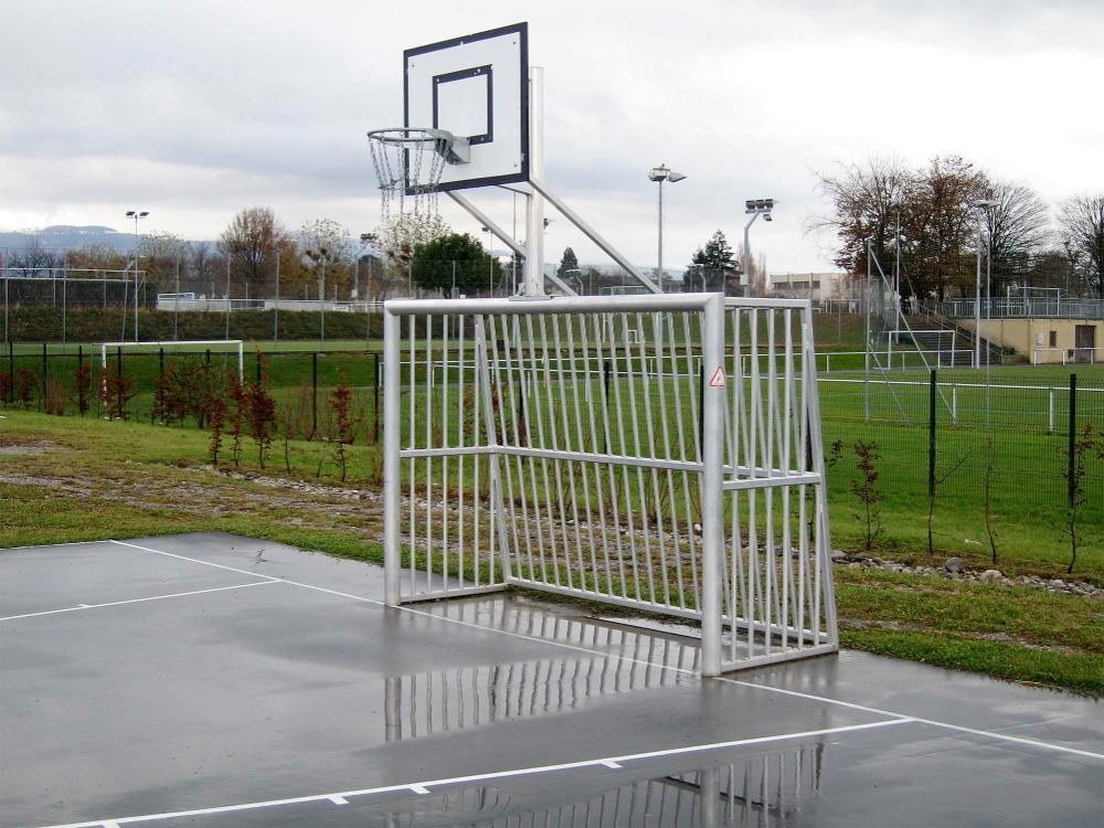 speelpleindoel met basket