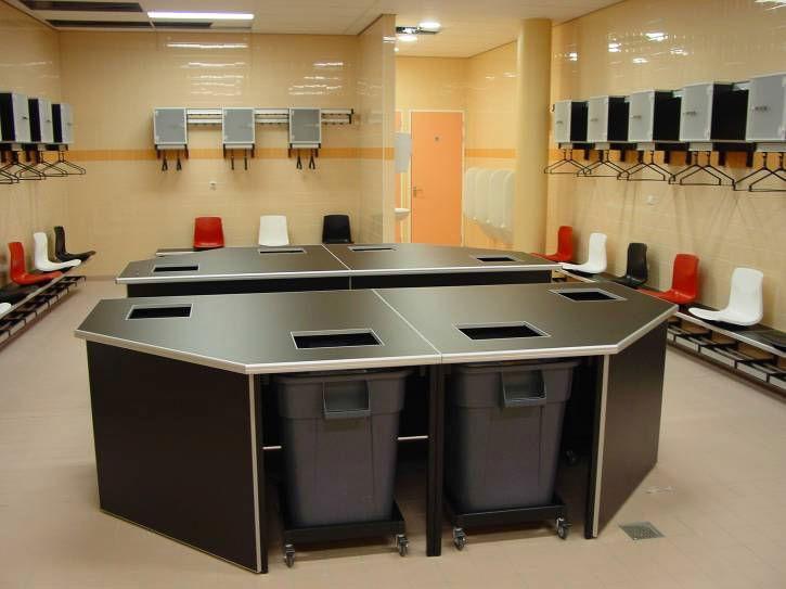 tafel wasgoed kleedkamer