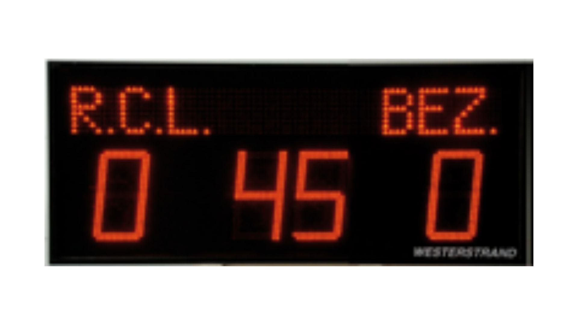 scorebord met lichtkrant en minuut-aanduiding