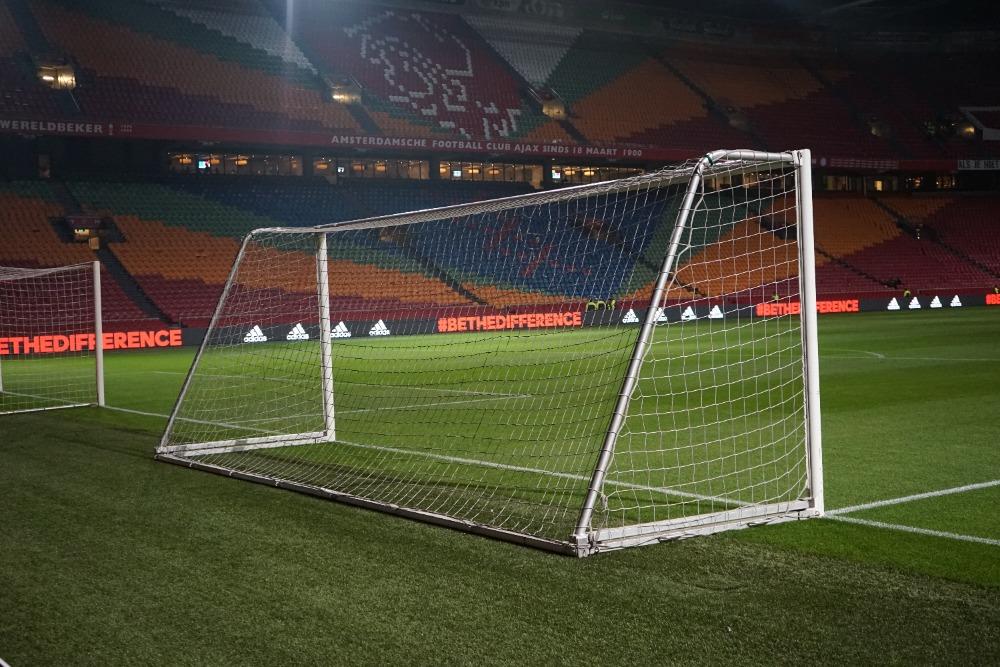 Inklapbaar trainingsdoel voor stadions.JPG