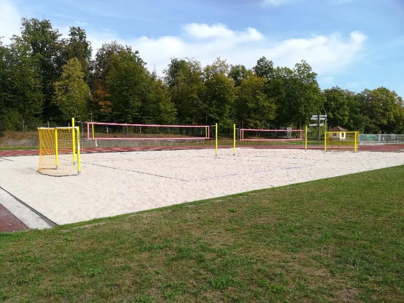 Multi-beachcourt