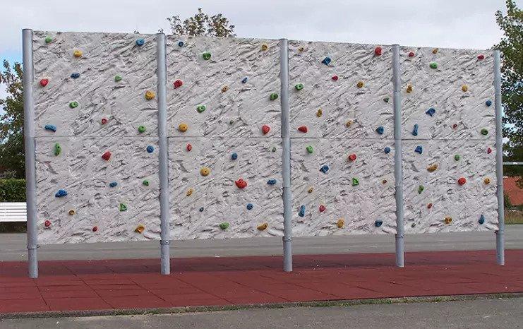 boulderwand met rotsstructuur